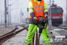浅谈城轨地铁轨区作业管理过程