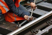 交通部长李小鹏:提升城轨安全运行水平 保暑期工作有序运转