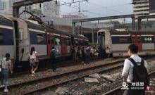 港铁列车红磡站出轨撞向另一列车 有乘客受伤
