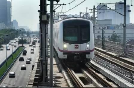 """日流量达34万人次的地铁竟被爆""""偷工减料""""?!西安市政府回应 轨道动态 第2张"""