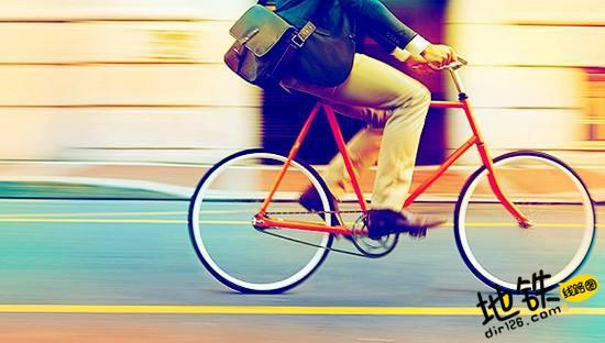 地铁站旁的共享单车 使70%黑摩司机失业 失业 黑摩司机 共享单车 地铁 轨道动态  第1张
