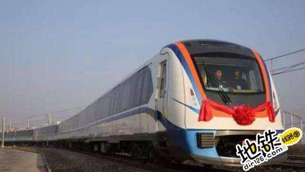 首列新疆制造地铁列车年内下线 轨道动态