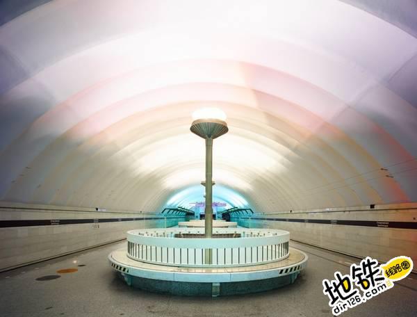 莫斯科地铁站的建筑摄影 轨道动态 第3张