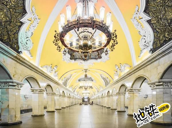 莫斯科地铁站的建筑摄影 轨道动态 第4张