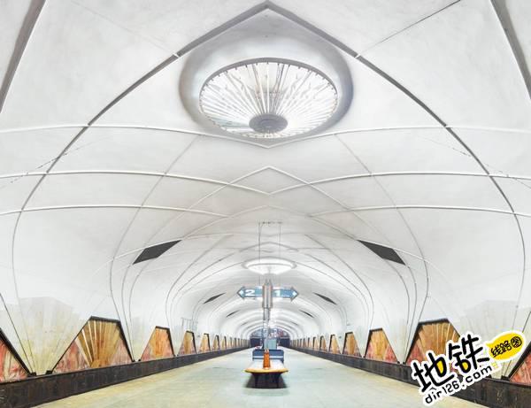莫斯科地铁站的建筑摄影 轨道动态 第8张