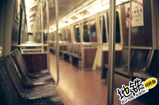 地铁里的一些思考 思考 地铁 轨道故事  第1张