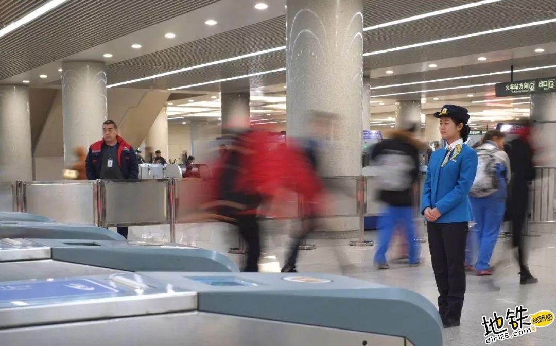 春节,我们不回家,是为了你们更好的回家! 回家 乘客 地铁司机 地铁人 地铁 春节 轨道动态  第5张