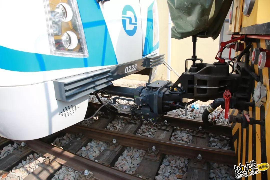 地铁列车辣么长,是怎么放进隧道里的? 内燃调车 地铁车辆 地铁车厢 地铁 地铁列车 轨道动态  第6张
