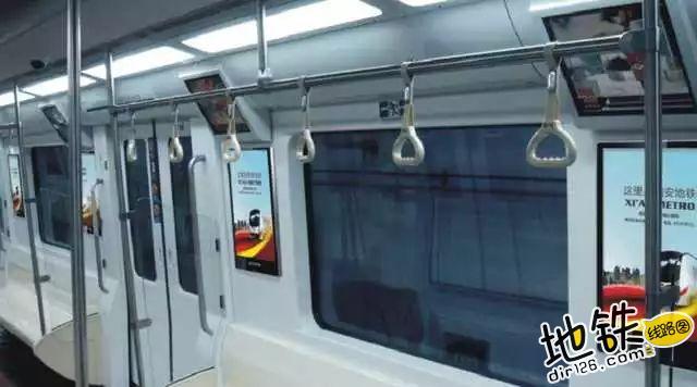 地铁窗玻璃的四个角为什么是椭圆的? 空气压力 椭圆形 窗玻璃 窗户 飞机 地铁 轨道知识  第4张