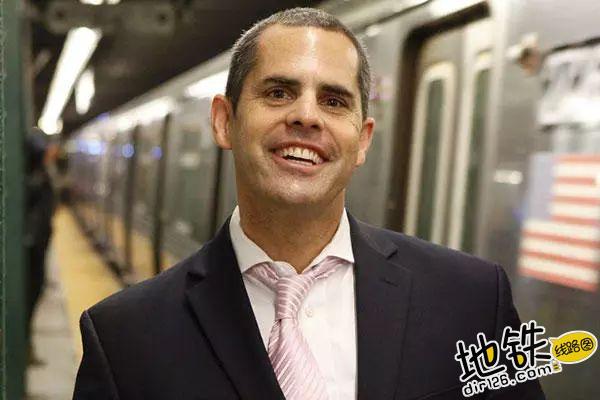 约会狂魔教你在地铁里如何搭讪 勾搭 地铁卡 搭讪 约会 地铁 轨道休闲  第1张