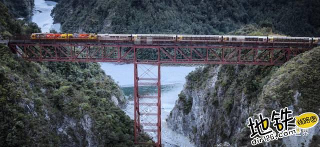 收藏!全球最美铁路 Top 10 Most Beautiful Railways 轨道 铁路 瑞士 风景 火车 轨道休闲  第6张