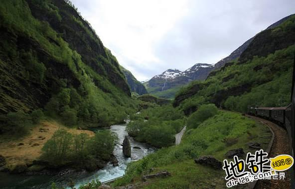 收藏!全球最美铁路 Top 10 Most Beautiful Railways 轨道 铁路 瑞士 风景 火车 轨道休闲  第12张