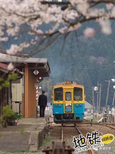 收藏!全球最美铁路 Top 10 Most Beautiful Railways 轨道 铁路 瑞士 风景 火车 轨道休闲  第18张