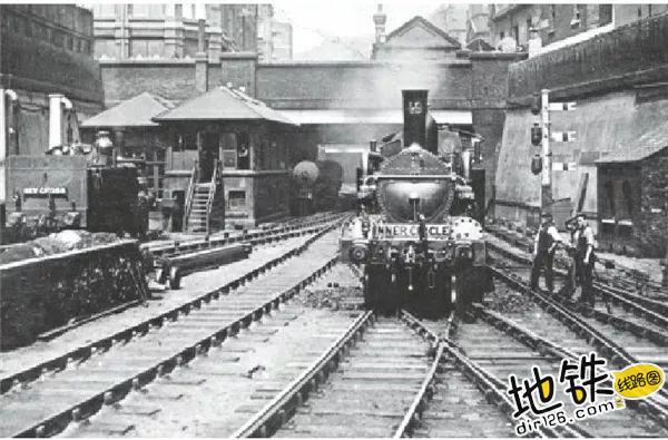 世界最早的地铁如何在伦敦建成 老鼠洞 查尔斯·皮尔逊 交通 伦敦地铁 英国伦敦 轨道知识  第5张