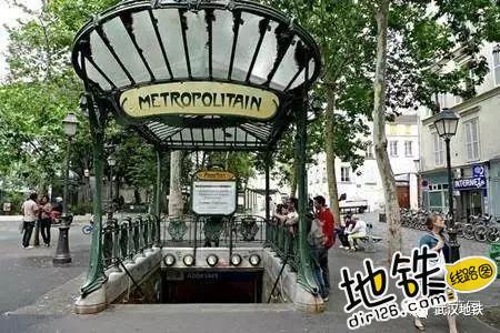 """地铁到底该叫""""Metro""""还是""""Subway""""? 出行方式 underground subway metro 地铁 轨道知识  第4张"""