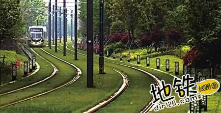 世界上那些特色轨道交通 悬轨 电车 单轨 地铁 特色 轨道交通 轨道休闲  第6张