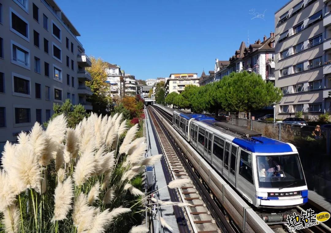 """What?!""""富得流油""""的发达国家,竟只有一个城市地铁? 检票 无人驾驶 洛桑 地铁 瑞士 轨道动态  第1张"""