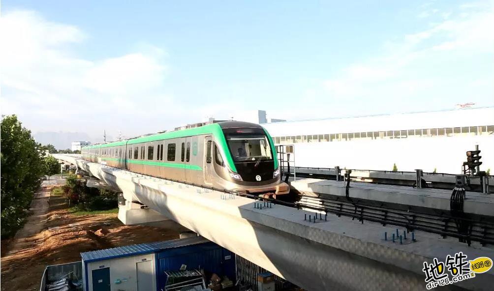 青岛地铁13号线于12月1日结束试运行 试运行 青岛 阶段 地铁 客车 车辆段 轨道动态  第1张
