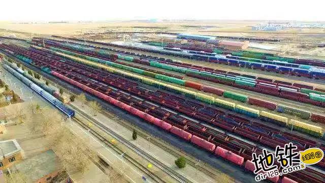 11月铁路成绩单已送达!客运货运全面发力 货运 客运 旅客 成绩单 发送量 铁路 高铁线路图  第7张