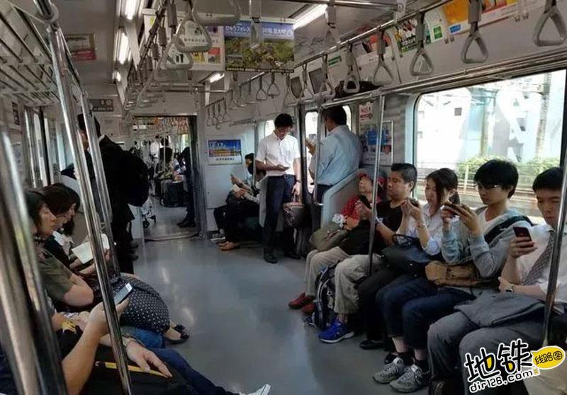 日本评出地铁内最让人不舒服行为 你遇见过哪几种 文明 轨道交通 行为 地铁 日本 轨道动态  第5张